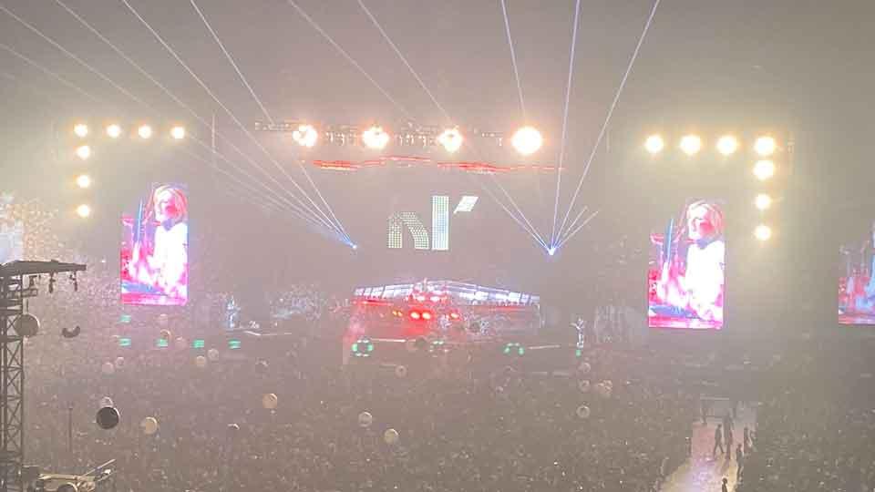 KISSラストツアー「End of the Road World Tour」東京ドーム公演にX JAPANのYOSHIKIが登場しピアノとドラムを演奏